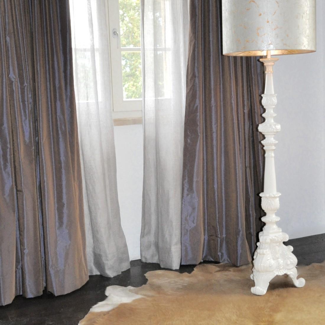 slaapkamer linnen inbetween gordijnen en overgordijnen taft gevoerd vlinderplooi aan roede